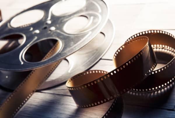 Фильмы и сериалы: содержание серий